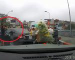 Tước bằng lái 2 tháng nữ tài xế quay đầu xe trên cầu