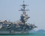 Những hình ảnh mới nhất của tàu sân bay USS Carl Vinson neo đậu ở Đà Nẵng