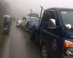 Hơn chục ôtô tai nạn liên hoàn trên quốc lộ 6 do sương mù