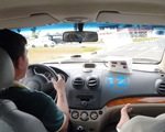 Bát nháo dạy lái ôtô
