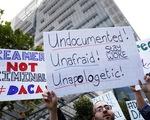 Thẩm phán Mỹ yêu cầu khôi phục chương trình DACA về nhập cư