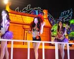 Rực rỡ sắc màu đêm Carnaval Hạ Long