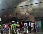 Cháy liên tục 2 giờ ở Mỹ Tho, 7 căn nhà bị thiêu rụi