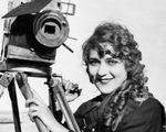 Người phụ nữ đầu tiên làm phim và góc khuất