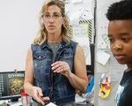 Cô giáo Mỹ hiến thận cứu học sinh không quen