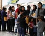 Mỹ tạm nương tay với  người nhập cư