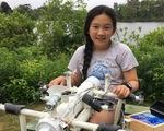 Nữ sinh lớp 6 phát minh robot 'săn' rác nhựa trên biển
