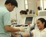 Gần 200 người tham gia hiến máu vì bệnh nhân ung thư