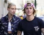 Justin Bieber đính hôn, khoe nhẫn kim cương hoành tráng