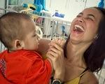 Ung thư ở người trẻ: Cứu mình trước khi quá muộn