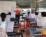 Ngôi trường dạy bơi, nhạc, tiếng Anh... miễn phí