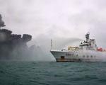 Tàu chở dầu Iran cháy trong ngày thứ 3 liên tiếp sau va chạm