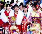 Thiếu nữ Nhật rạng rỡ kimono trong lễ trưởng thành