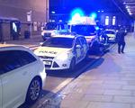 Tấn công bằng dao trong đêm giao thừa ở Anh