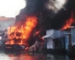 Bàn giao 2 thi thể ngư dân vụ tàu cá bốc cháy do nổ bình gas