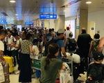 Khuyến cáo hành khách không bịt mặt, đeo kính đen ở sân bay