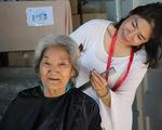 Phiên chợ 0 đồng, gây quỹ tặng quà bệnh nhân nghèo mùa Tết