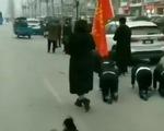 Công ty Trung Quốc phạt nhân viên