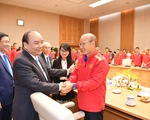 Thủ tướng Nguyễn Xuân Phúc điện thoại chúc mừng tuyển Việt Nam
