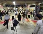 Nhật Bản: Đi tàu điện ngầm ngoài giờ cao điểm được tặng suất ăn