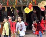 """Văn Miếu không còn """"chim mồi"""", Bắc Ninh không cấm thưởng tiền quan họ"""