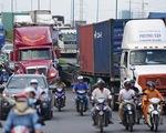 Phân làn hỗn hợp xe tải nặng với xe máy rất đáng lo ngại