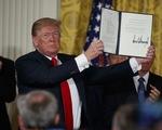 Ông Trump tham vọng dẫn đầu chinh phục không gian