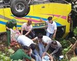 Hiện trường tai nạn xe chở sinh viên lao xuống vực đèo Hải Vân