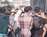 Truy tìm nhóm dàn cảnh móc túi nữ sinh viên đi xe buýt