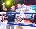 Đánh bại võ sĩ Hàn Quốc, Trương Đình Hoàng giành đai WBA Đông Á