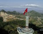 Bên trong công trình phá núi xây chùa