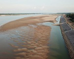 Nước sông Mekong hạ xuống mức thấp nhất trong 100 năm qua