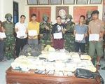 Bắt hai thanh niên Lào thủ súng đạn 'cõng' ma túy vào Việt Nam