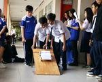 Học trò thi đua xe STEM