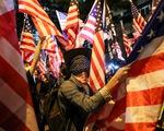 Người Hong Kong xuống đường vào Lễ Tạ ơn, tỏ lòng cảm kích Mỹ