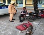 Trộm chó chống trả CSGT bằng bột ớt và gậy chích điện