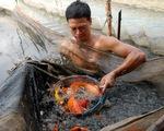 Thi ảnh Tuổi Xanh: Nét đẹp lao động