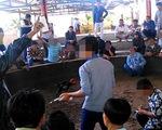 Hơn 100 người trong điểm đá gà ăn tiền giữa Tuy Hòa