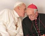 Hai Đức Giáo hoàng mở toang cửa Vatican
