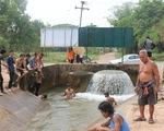 Đập Cảnh Hồng tích nước giữa hạn hán, người Thái lo