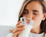 Uống sữa thường xuyên không làm tăng tuổi thọ