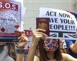Dân Anh muốn cho người Hong Kong, còn hơn là người châu Âu, đến Anh sống