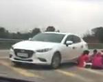 Hãy thôi những hành động kỳ quặc trên đường cao tốc!