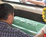 Dùng xe chở hài cốt chở hơn 14.000 viên ma túy đá