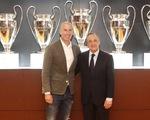 CĐV Real Madrid chào đón