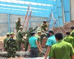 Bức tường sập làm 6 người chết ở Vĩnh Long được cấp phép xây thiếu thủ tục