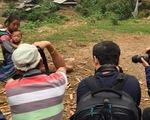 Giới nhiếp ảnh Việt: Ảnh mẹ con người Mông nhận giải 3 tỉ là