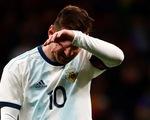 Argentina thua