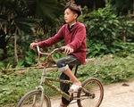 Chuyện cậu bé Sơn La đạp xe: Chúng ta chết dở với trí khôn của chính mình!