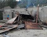 Lốc xoáy tốc mái 2 trường học ở Hà Giang, HS phải nghỉ học